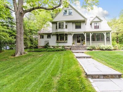 Wellesley Single Family Home For Sale: 19 Indian Springs Way