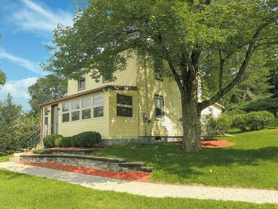 Methuen Single Family Home For Sale: 28 Ayers Village Road