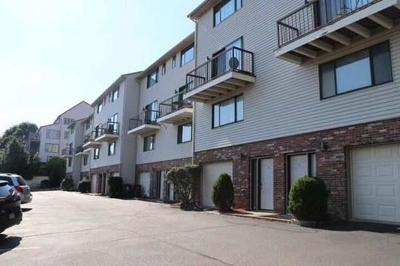 Revere Condo/Townhouse For Sale: 1695 N Shore Rd #18