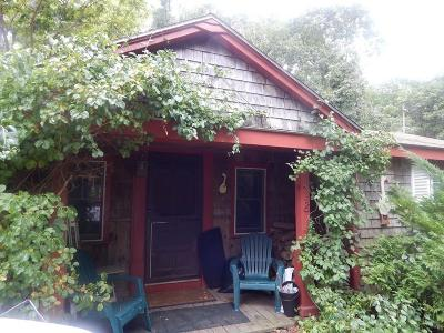 Duxbury Single Family Home Contingent: 418 Summer St.