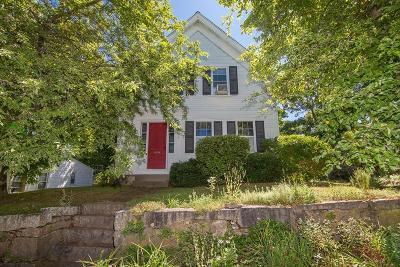 Holliston Single Family Home For Sale: 11 Fruit Street