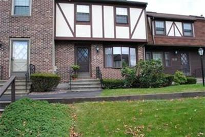 chelmsford Rental Under Agreement: 10 Scotty Hollow #D