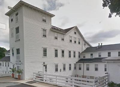 RI-Washington County Condo/Townhouse Under Agreement: 40 Web Ave #19