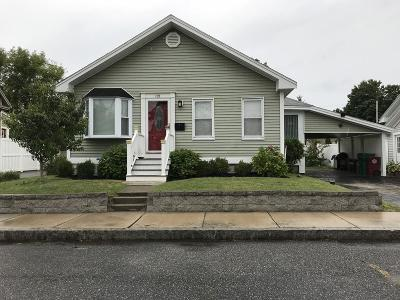 Lowell Single Family Home Contingent: 121 Upham St