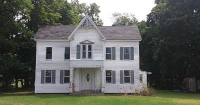 MA-Worcester County Single Family Home Price Changed: 15 Bolton Rd
