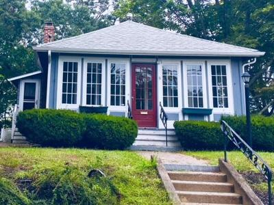 Weymouth Single Family Home Contingent: 8 Stratford Rd