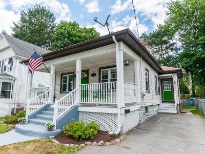 Attleboro Single Family Home For Sale: 52 Hawthorne St