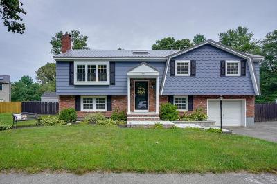 Burlington Single Family Home For Sale: 1 Lucaya Cir