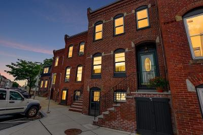 Boston Single Family Home For Sale: 39 Emerson St