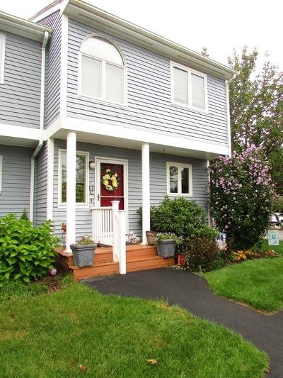 Wareham Condo/Townhouse Under Agreement: 2743 Cranberry Hwy #17C