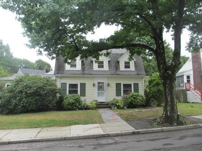 Boston MA Single Family Home For Sale: $775,000