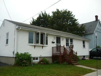Medford Single Family Home For Sale: 2 3rd St