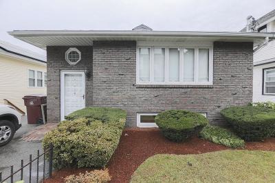 Revere Single Family Home For Sale: 175 Vane St