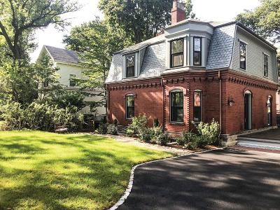 Brookline MA Single Family Home For Sale: $2,680,000