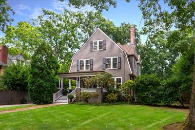 Needham Single Family Home For Sale: 858 Webster St