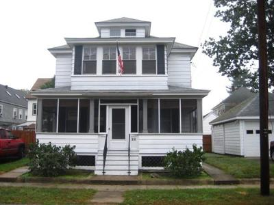 Lowell Single Family Home For Sale: 22 Ruth Street