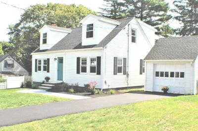 Stoneham Single Family Home Under Agreement: 94 Westwood Rd