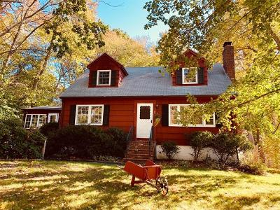 Methuen Single Family Home For Sale: 2 Beechnut St