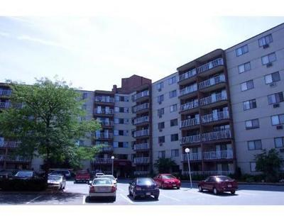 Watertown Condo/Townhouse For Sale: 131-151 Coolidge Ave #602