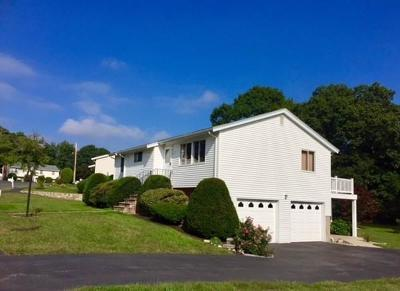 Saugus MA Single Family Home For Sale: $439,900