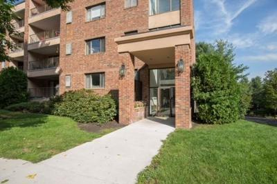 Peabody Condo/Townhouse For Sale: 11 Ledgewood Way #29