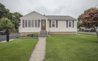 Taunton Single Family Home For Sale: 15 Winter St