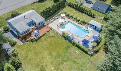 Hingham, Hull, Scituate, Norwell, Hanover, Marshfield, Pembroke, Duxbury, Kingston, Plympton Single Family Home For Sale: 93 Hackett's Pond Drive