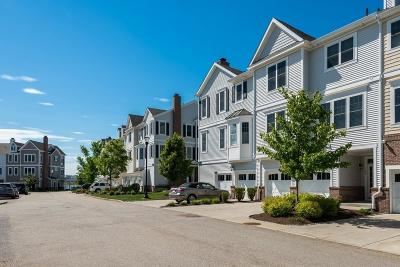 Hingham, Hull, Scituate, Norwell, Hanover, Marshfield, Pembroke, Duxbury, Kingston, Plympton Condo/Townhouse For Sale: 109 Halsted Dr #109