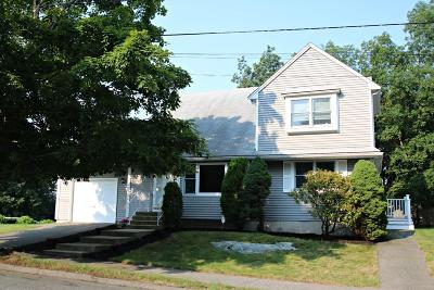 Saugus MA Single Family Home For Sale: $579,900