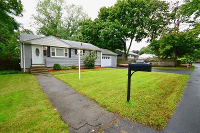 Burlington Single Family Home For Sale: 20 Lowell Street
