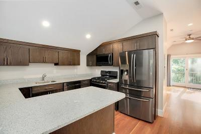 Somerville Condo/Townhouse For Sale: 31 Hancock St #3