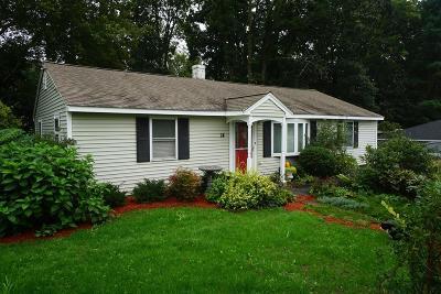 Billerica Single Family Home For Sale: 14 Elizabeth Road