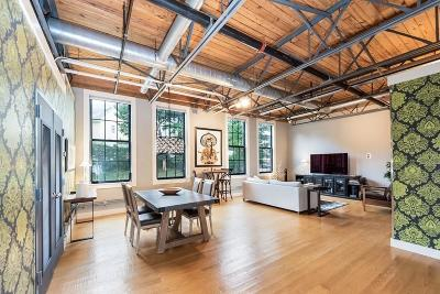 Condo/Townhouse Contingent: 4 Tannery Brook Row #12