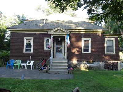 Billerica Single Family Home For Sale: 12 Amherst St