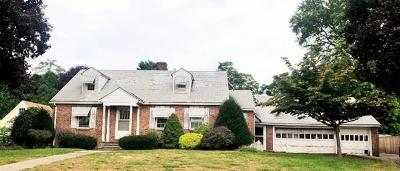 Single Family Home New: 319 Meadow St