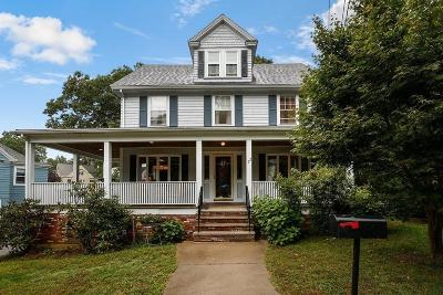 Melrose Single Family Home For Sale: 22 Nowell Road