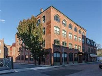 Boston MA Condo/Townhouse For Sale: $799,000