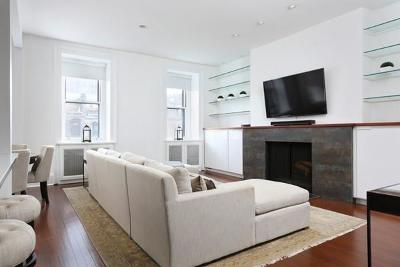 Condo/Townhouse Contingent: 65 Marlborough Street #4