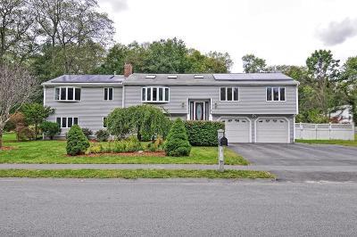 Natick Single Family Home For Sale: 5 Pumpkin Pine Rd