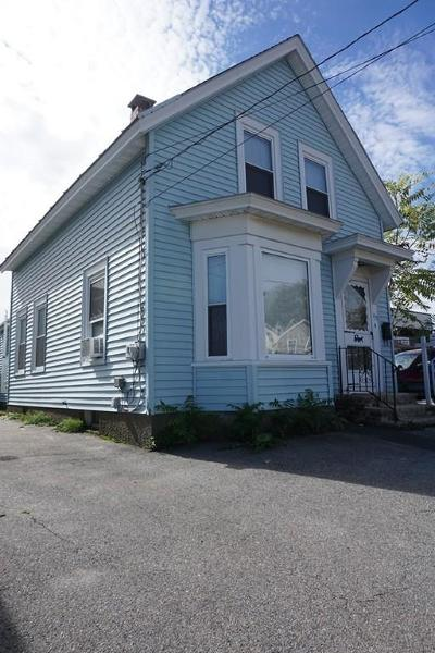 Lowell Single Family Home For Sale: 137 Congress St