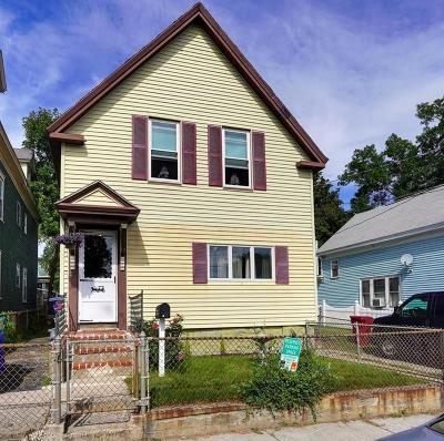 Lowell Single Family Home For Sale: 89 Ludlam St