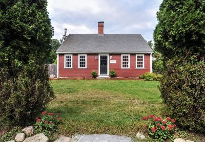 Duxbury Single Family Home For Sale: 406 Keene St