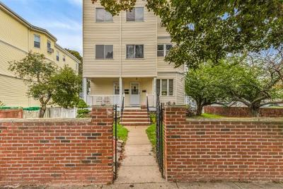 Medford Condo/Townhouse Under Agreement: 1130 Fellsway #2