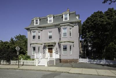 Beverly Condo/Townhouse Under Agreement: 32 Central #3