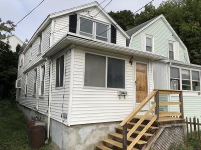 Milton, Quincy, Weymouth, East Bridgewater, Hanover, Hanson, Pembroke, West Bridgewater, Whitman Single Family Home Under Agreement: 10 Paomet Rd