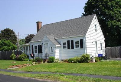 Saugus Single Family Home Under Agreement: 34 Sunnyside Park