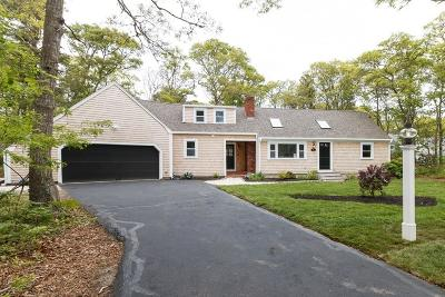 Falmouth Single Family Home For Sale: 4 Eel River Rd