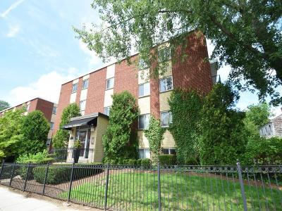 Condo/Townhouse Under Agreement: 25 Custer Street #304