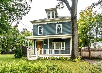 Newton Single Family Home For Sale: 257 Auburndale Ave