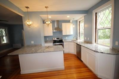 RI-Bristol County Single Family Home For Sale: 6 Cottage Street